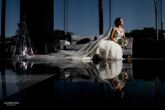 Tono Terraza : Alejandro souza photographer caro toño boda terraza la